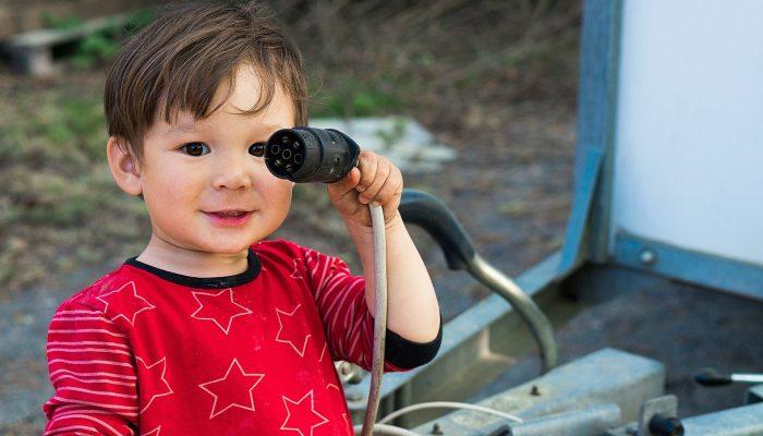sécurité-électricité-enfant